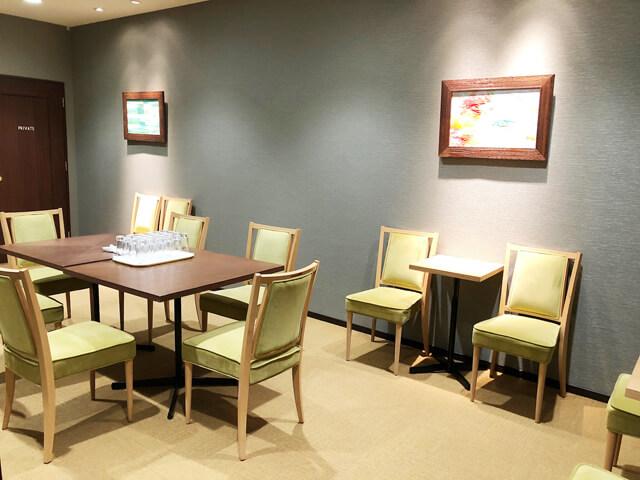 ラソールガーデン控室